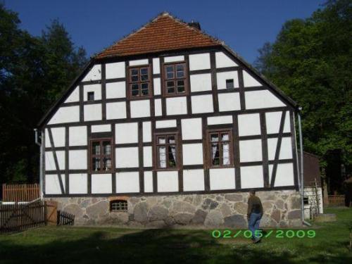 http://images67.fotosik.pl/1044/3ca21adbe0ca70c8med.jpg
