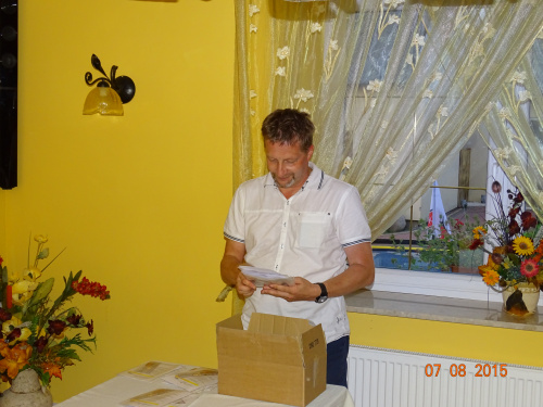 http://images67.fotosik.pl/1113/c5a01d1ee9edd687med.jpg