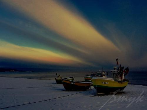 Kiedy ranne wstają zorze pędź najszybciej wprost nad morze... #przystań #kuter #świt #jutrzenka