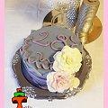 Urodzinowy tort z różami #kwiaty #róże #tort #TortyKraków #TortyWalentynki #urodziny