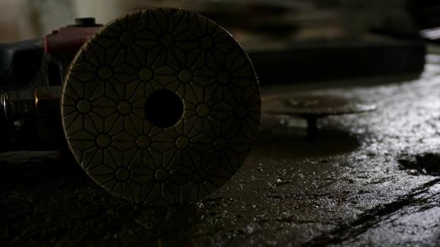 #kamieniarstwo #kamień #granit #kątówka #narzędzia #rzepy #piła #frez #cięcie #zakład #poler