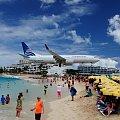 St. Martin #samolot #plaża #lądowanie #ludzie #karaiby #stmartin